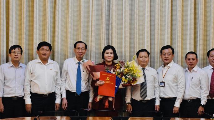 UBND TP HCM điều động, bổ nhiệm nhân sự lãnh đạo 3 tổng công ty - Ảnh 1.