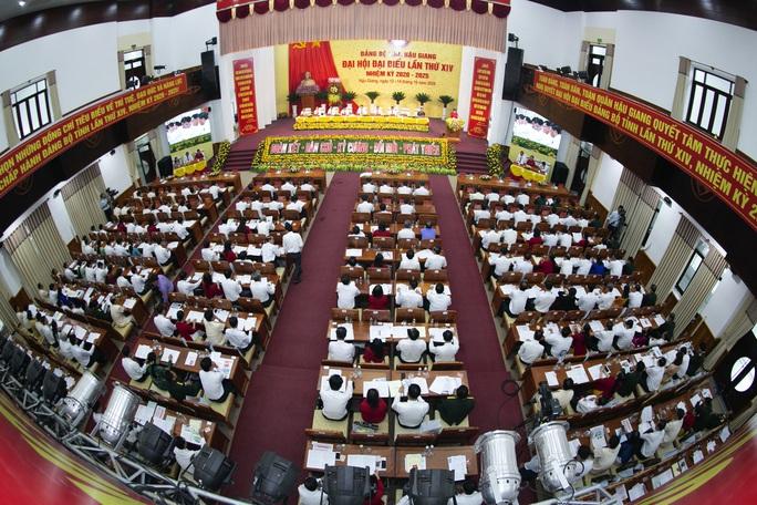 Ông Lê Tiến Châu tái đắc cử Bí thư Tỉnh ủy Hậu Giang - Ảnh 5.
