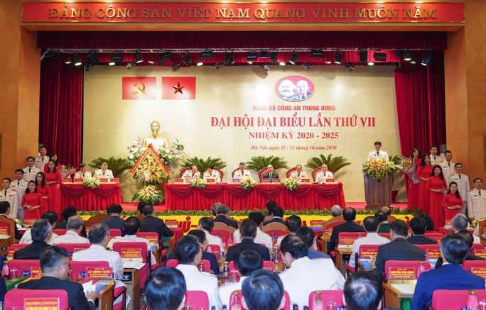 Thủ tướng Nguyễn Xuân Phúc dự, chỉ đạo Đại hội Đảng bộ Công an Trung ương - Ảnh 1.