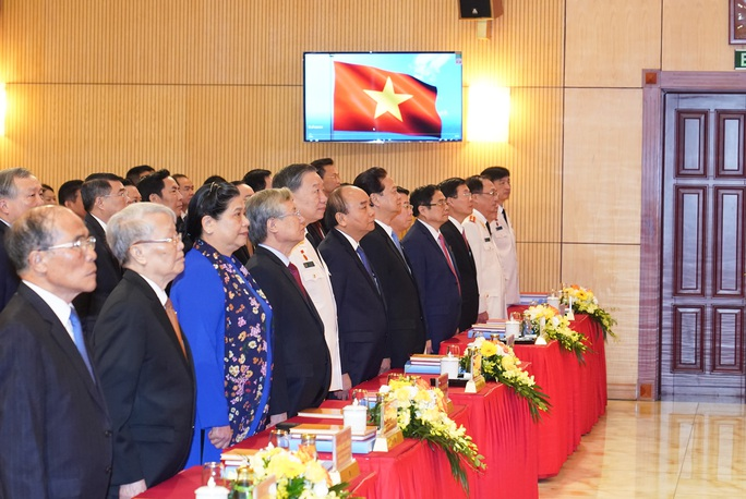 Thủ tướng Nguyễn Xuân Phúc dự, chỉ đạo Đại hội Đảng bộ Công an Trung ương - Ảnh 4.