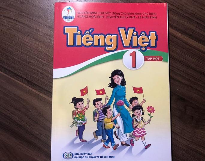 Vì sao nhóm tác giả SGK Tiếng Việt 1 không tiếp thu ý kiến của Hội đồng thẩm định? - Ảnh 1.