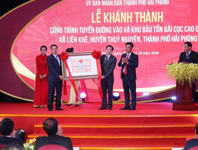 Thủ tướng khánh thành Khu bảo tồn bãi cọc Cao Quỳ - Ảnh 2.