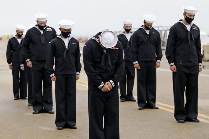 USS Cole bị đánh bom giữa ban ngày: Bài học xương máu 20 năm của Mỹ - Ảnh 4.