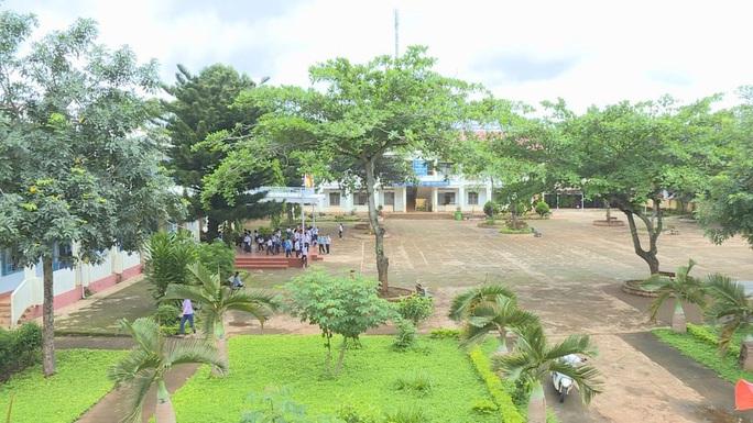 Đề xuất xử phạt hành chính cô giáo đánh bầm dập bé gái lớp 3 - Ảnh 3.