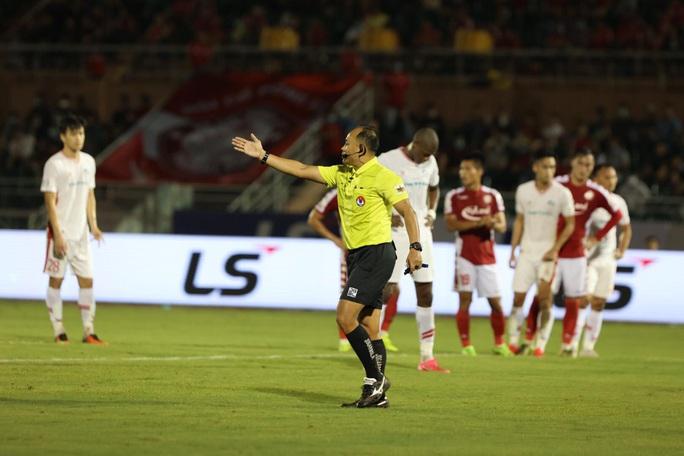 Vắng Công Phượng, CLB TP HCM thua sít sao trên sân Thống Nhất - Ảnh 3.