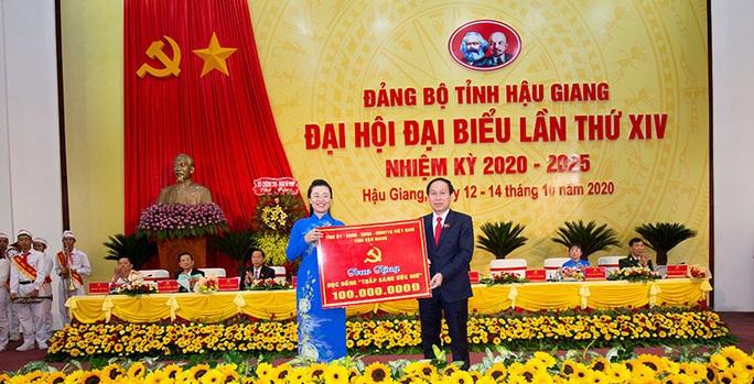 Ông Lê Tiến Châu tái đắc cử Bí thư Tỉnh ủy Hậu Giang - Ảnh 11.