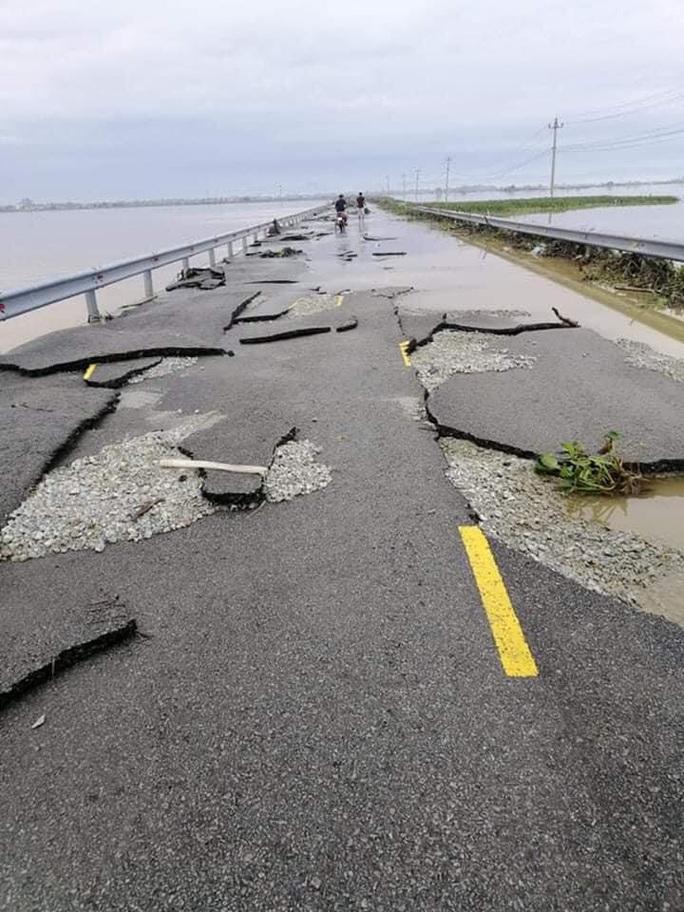 Quốc lộ 49B hư hỏng nặng - Ảnh 5.