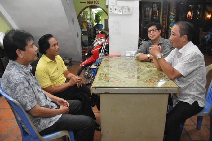 Mai Vàng nhân ái thăm 2 NSƯT - nhạc sĩ Hoàng Thành và Minh Tâm - Ảnh 1.