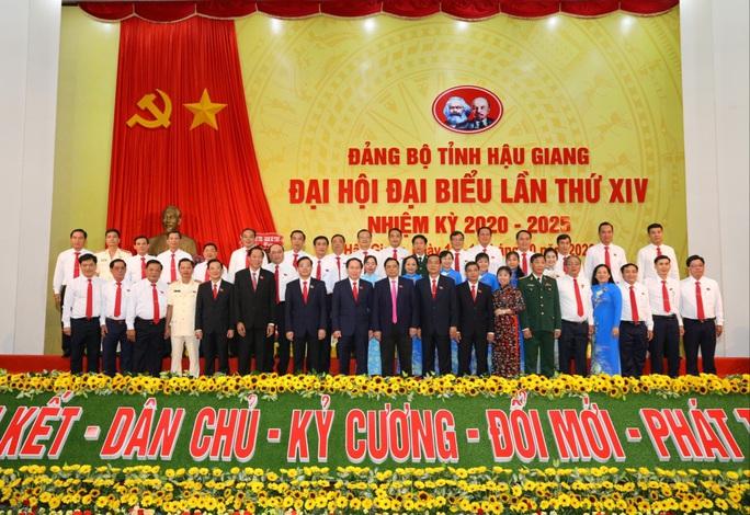 Ông Lê Tiến Châu tái đắc cử Bí thư Tỉnh ủy Hậu Giang - Ảnh 9.