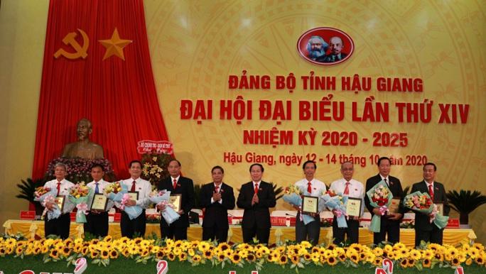 Ông Lê Tiến Châu tái đắc cử Bí thư Tỉnh ủy Hậu Giang - Ảnh 14.