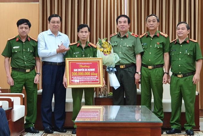 Đà Nẵng: Triệt phá đường dây đánh bạc qua mạng hơn 10.000 tỉ đồng - Ảnh 3.