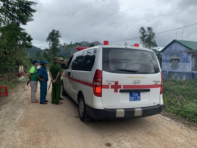 Đã tìm thấy 12 thi thể trong Đoàn cán bộ công tác gặp nạn ở khu Rào Trăng 3 - Ảnh 9.