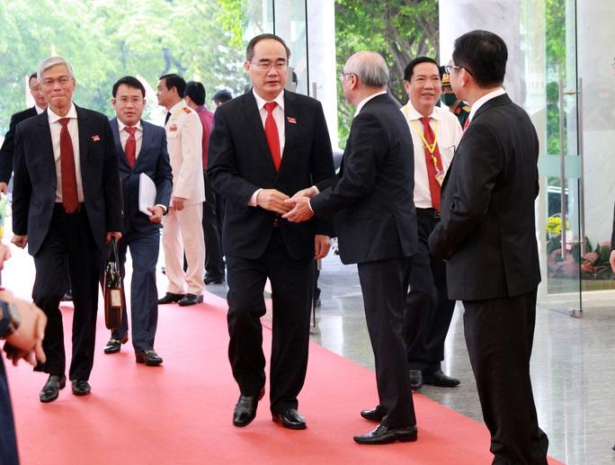 Hình ảnh lãnh đạo, nguyên lãnh đạo Đảng, Nhà nước dự khai mạc Đại hội Đảng bộ TP HCM - Ảnh 11.