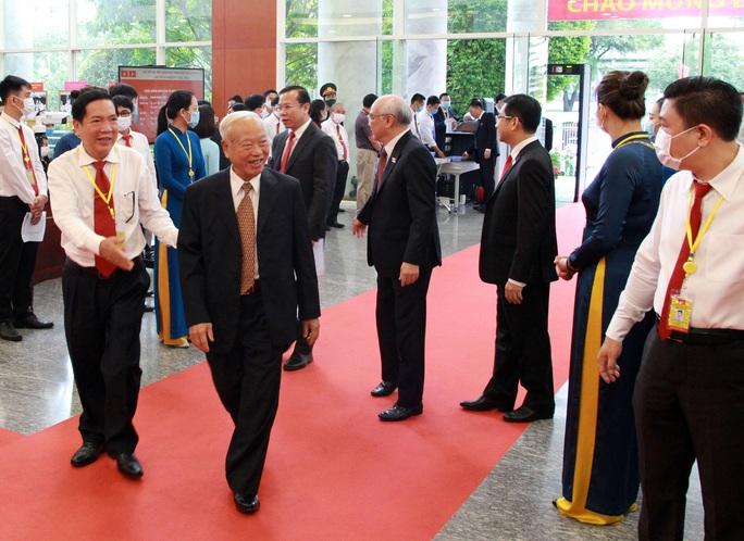 Hình ảnh lãnh đạo, nguyên lãnh đạo Đảng, Nhà nước dự khai mạc Đại hội Đảng bộ TP HCM - Ảnh 6.