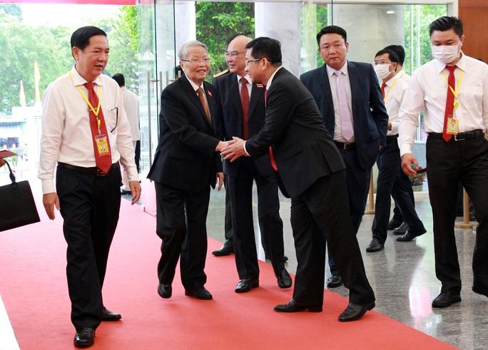 Hình ảnh lãnh đạo, nguyên lãnh đạo Đảng, Nhà nước dự khai mạc Đại hội Đảng bộ TP HCM - Ảnh 5.