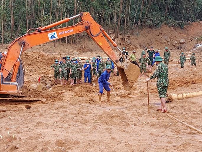 Tìm thấy thi thể Thiếu tướng Nguyễn Văn Man và 12 người khác gặp nạn ở tiểu khu 67 - Ảnh 8.