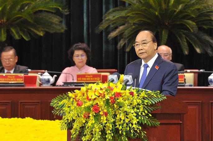 Thủ tướng Nguyễn Xuân Phúc: Đại hội mang tính quyết định tương lai của TP HCM - Ảnh 1.