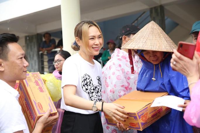 Thủy Tiên bênh vực Trấn Thành, Trường Giang vụ từ thiện - Ảnh 6.