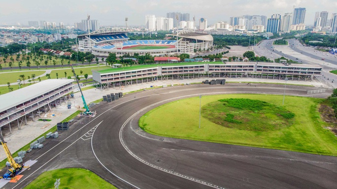 Vì sao chặng đua xe F1 tại Việt Nam 2020 bị hủy? - Ảnh 1.