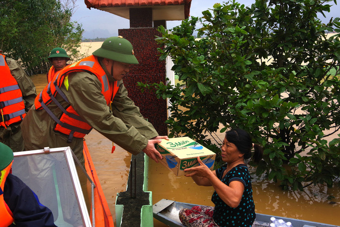 Đất mẹ Quảng Bình khóc thương tướng Nguyễn Văn Man - Ảnh 2.