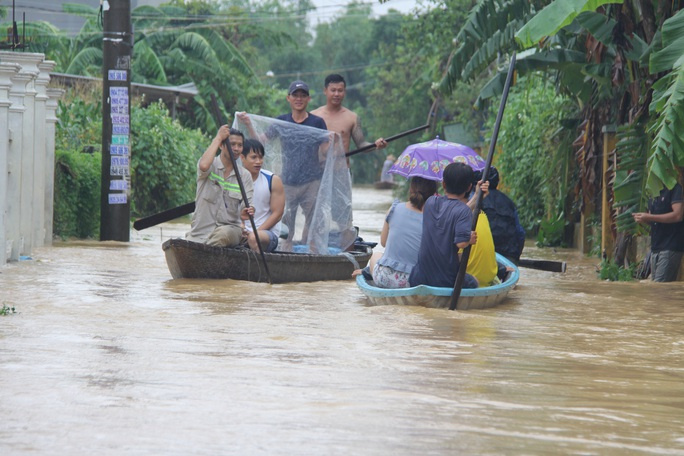 Quảng Nam mưa to, nước sông lên lại, dự báo lũ sẽ đặc biệt lớn - Ảnh 1.