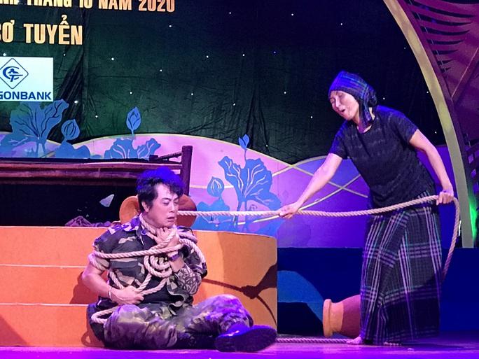 Khánh Tuấn, Lệ Hằng đào - kép độc đụng độ tại chung kết cuộc thi Trần Hữu Trang - Ảnh 3.
