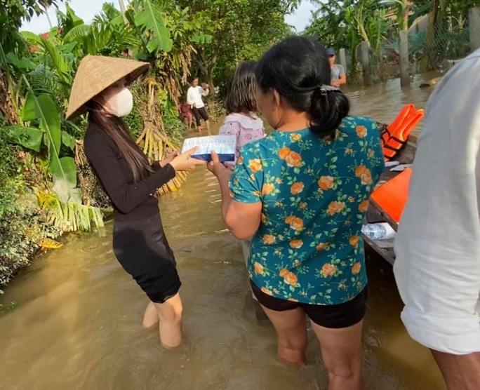Thủy Tiên bênh vực Trấn Thành, Trường Giang vụ từ thiện - Ảnh 2.