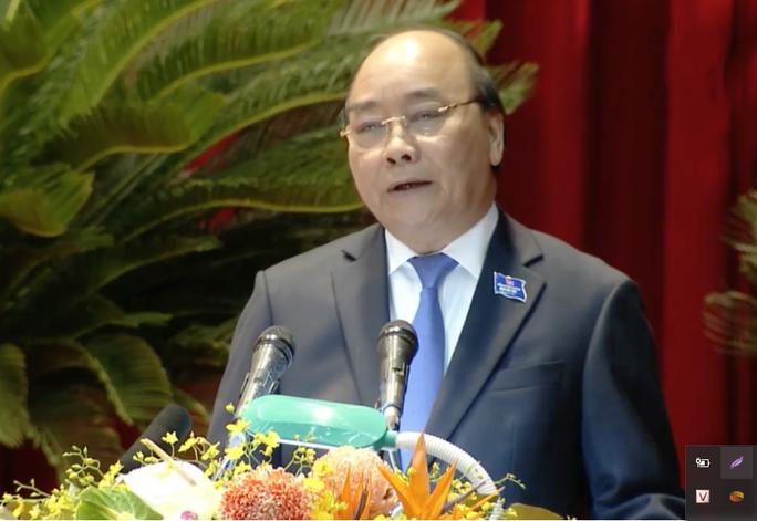 Thủ tướng Nguyễn Xuân Phúc dự chỉ đạo Đại hội Đảng bộ tỉnh Nghệ An - Ảnh 4.