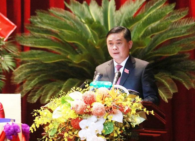 Thủ tướng Nguyễn Xuân Phúc dự chỉ đạo Đại hội Đảng bộ tỉnh Nghệ An - Ảnh 3.