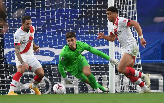 Công làm thủ phá, Chelsea mất ngôi nhì bảng Ngoại hạng - Ảnh 5.