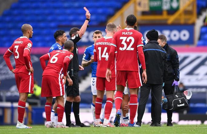 Liverpool sốc: Van Dijk chấn thương cực nặng, nghỉ thi đấu hết mùa - Ảnh 7.