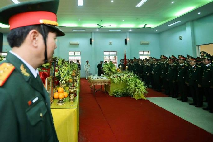 Lễ truy điệu 13 liệt sĩ hy sinh tại Rào Trăng 3 - Ảnh 1.