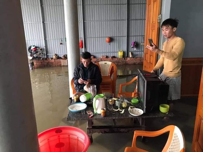 Mưa lớn, Hà Tĩnh khẩn trương sơ tán hơn 7.000 dân khỏi nơi nguy hiểm - Ảnh 5.