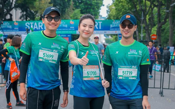 Diễn viên Xuân Nghị, Thanh Sơn lần đầu chạy thi cùng hot girl thời tiết Mai Ngọc của VTV - Ảnh 5.