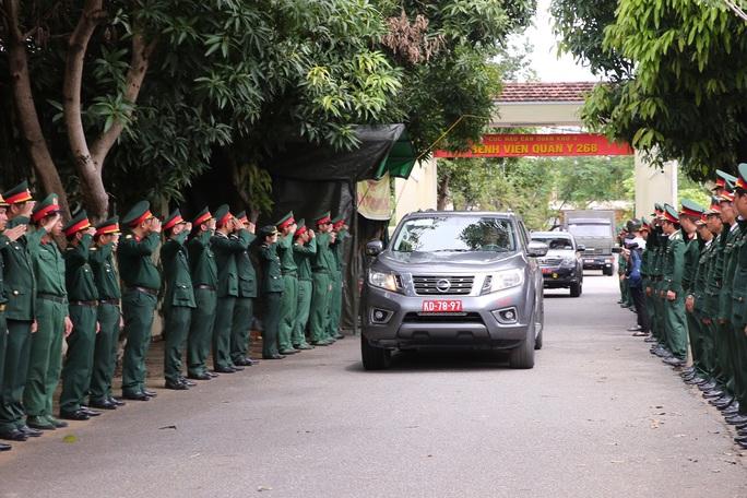 Lễ truy điệu 13 liệt sĩ hy sinh tại Rào Trăng 3 - Ảnh 13.