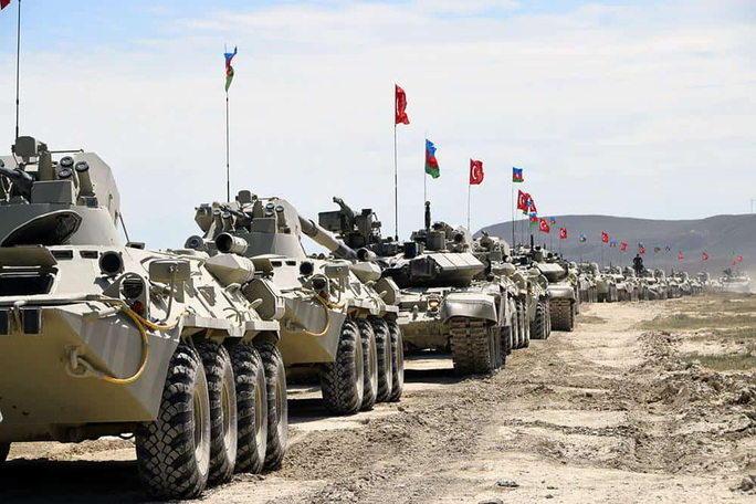 Kẻ giấu mặt đáng gờm trong giao tranh Azerbaijan - Armenia - Ảnh 1.