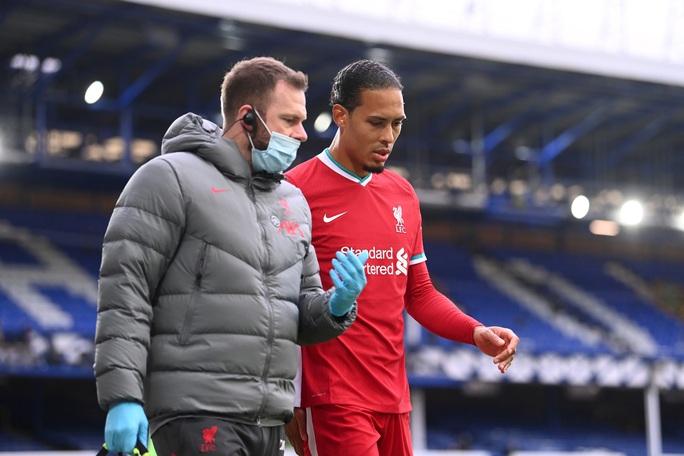 Sốc: Liverpool ôm hận vì trọng tài VAR quên luật - Ảnh 3.