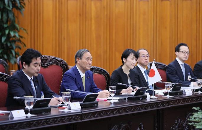 Thủ tướng Nguyễn Xuân Phúc chủ trì lễ đón Thủ tướng Nhật Bản - Ảnh 12.