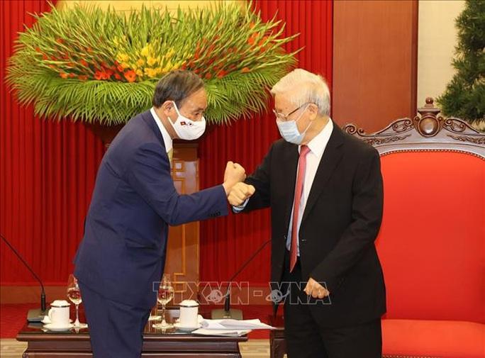 Tổng Bí thư, Chủ tịch nước Nguyễn Phú Trọng tiếp Thủ tướng Nhật Bản - Ảnh 1.