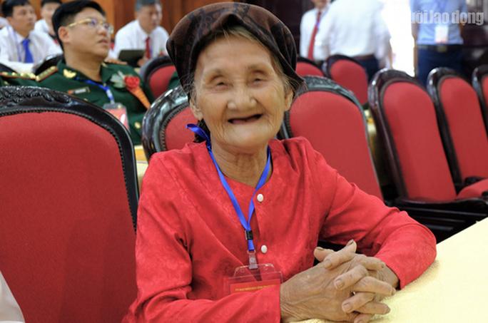 Phó Chủ tịch nước Đặng Thị Ngọc Thịnh dự Đại hội thi đua yêu nước tỉnh Thanh Hóa - Ảnh 4.