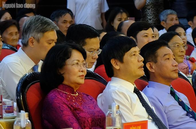 Phó Chủ tịch nước Đặng Thị Ngọc Thịnh dự Đại hội thi đua yêu nước tỉnh Thanh Hóa - Ảnh 2.
