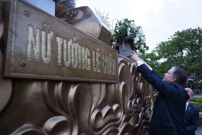 Đại sứ Mỹ thăm di tích lịch sử Bạch Đằng - Ảnh 5.