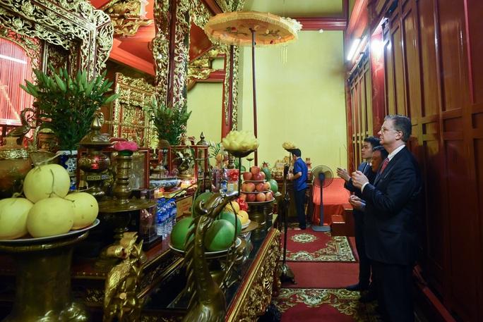 Đại sứ Mỹ thăm di tích lịch sử Bạch Đằng - Ảnh 6.