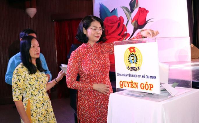 Trao 246 suất học bổng Nguyễn Đức Cảnh cho con đoàn viên - Ảnh 1.