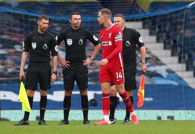 Sốc: Liverpool ôm hận vì trọng tài VAR quên luật - Ảnh 7.