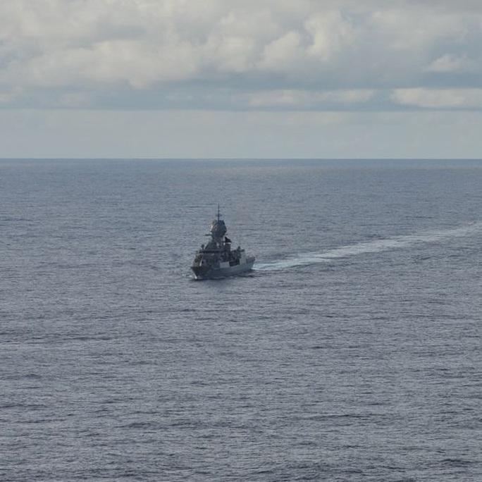 Mỹ, Nhật, Úc tập trận rầm rộ tại biển Đông - Ảnh 3.