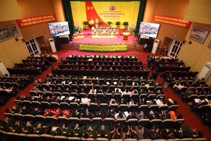 Bà Tòng Thị Phóng dự khai mạc Đại hội đại biểu Đảng bộ tỉnh Quảng Ngãi  - Ảnh 4.