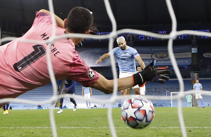 Man City, Liverpool khởi đầu suôn sẻ, bóng đá Anh thăng hoa Champions League - Ảnh 3.