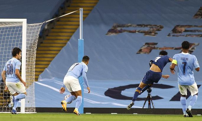 Man City, Liverpool khởi đầu suôn sẻ, bóng đá Anh thăng hoa Champions League - Ảnh 2.