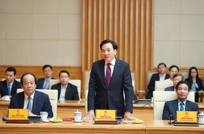 Thủ tướng trao quyết định bổ nhiệm cho nguyên Bí thư Tỉnh ủy Điện Biên - Ảnh 2.